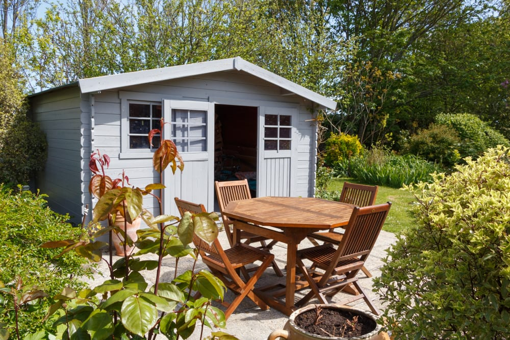 granny flat with outdoor seating
